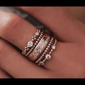 Jewelry - New 5/pc Rose Gold Wedding Ring Size 8